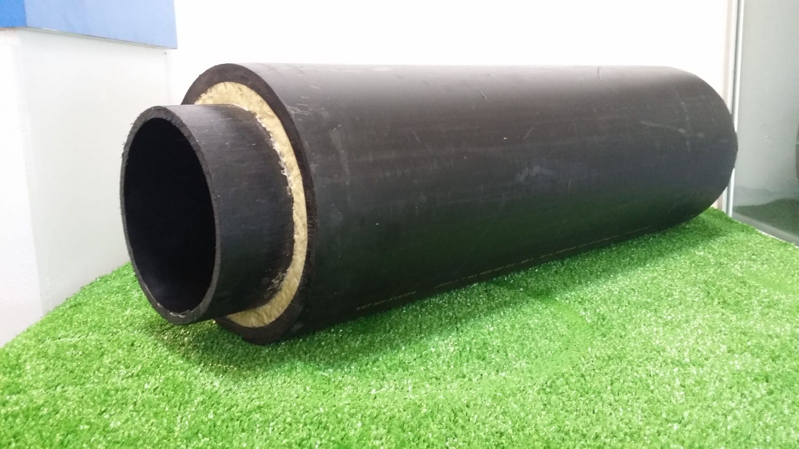polyurethane and polyethylene preinsulated pipe